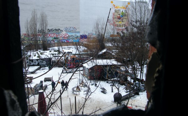 TACHELES BERLIN, By Holly V Maslen